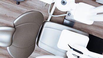 Pose de facettes dentaire chez votre dentiste à Lyon
