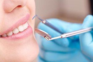 Dentiste à Lyon soins détartrage